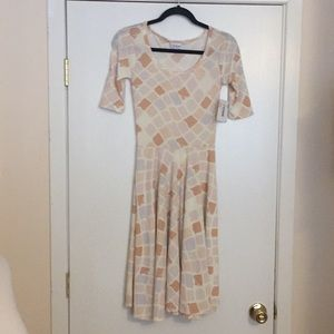XXS LuLaRoe Nicole Dress D05 833